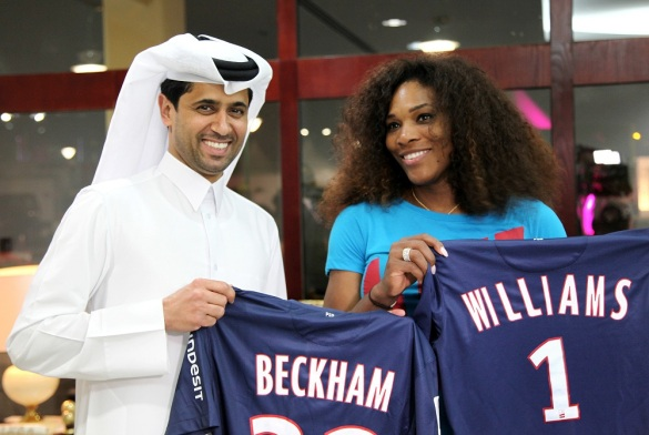 Serena Williams Recieves PSG Jersey
